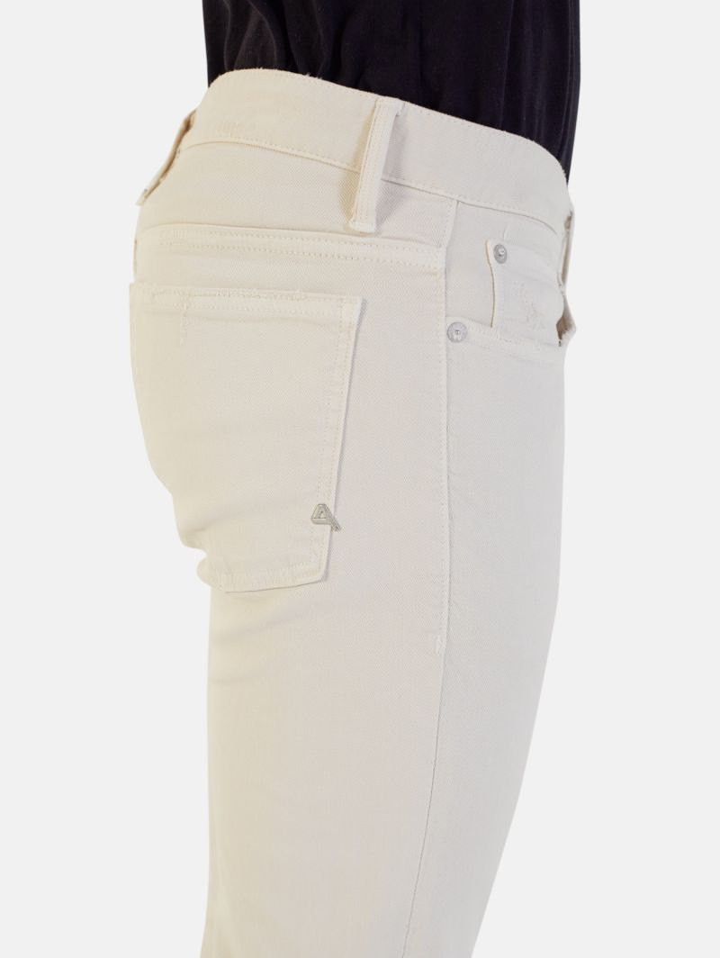 BONE COMFORT SKINNY DISTRESSED AND DYED PORCELAIN
